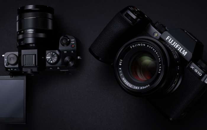 دوربین فوجی Fuji X-S10