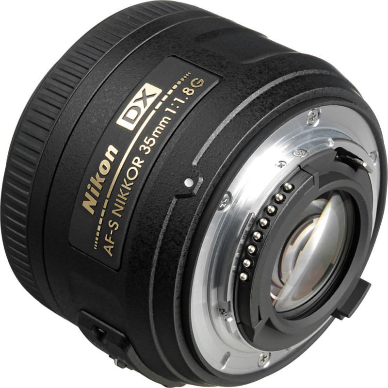 لنز Nikkor AF-S DX 35mm f/1.8G